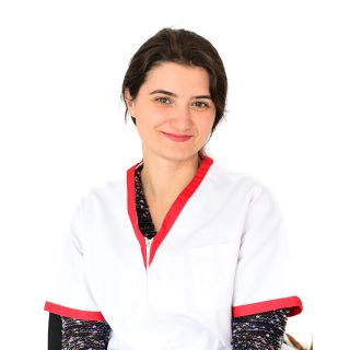 doctor oftalmologie Cristina Ghindea