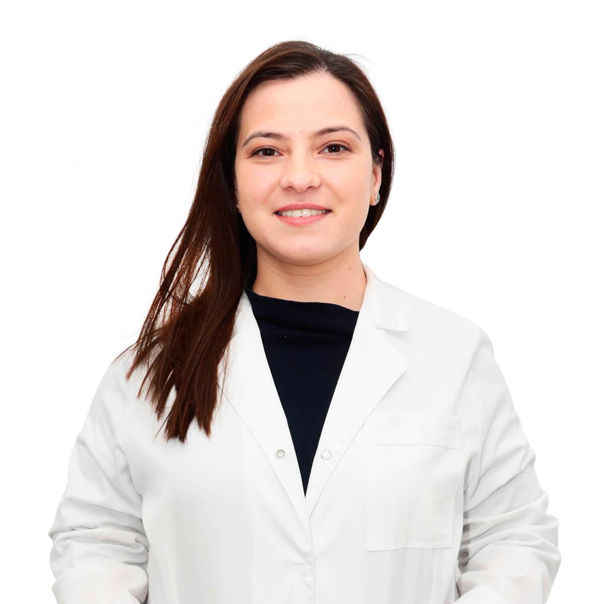 Gabriela-Mirela Pînzaru-medic-specialist-oftalmolog-1200x1200
